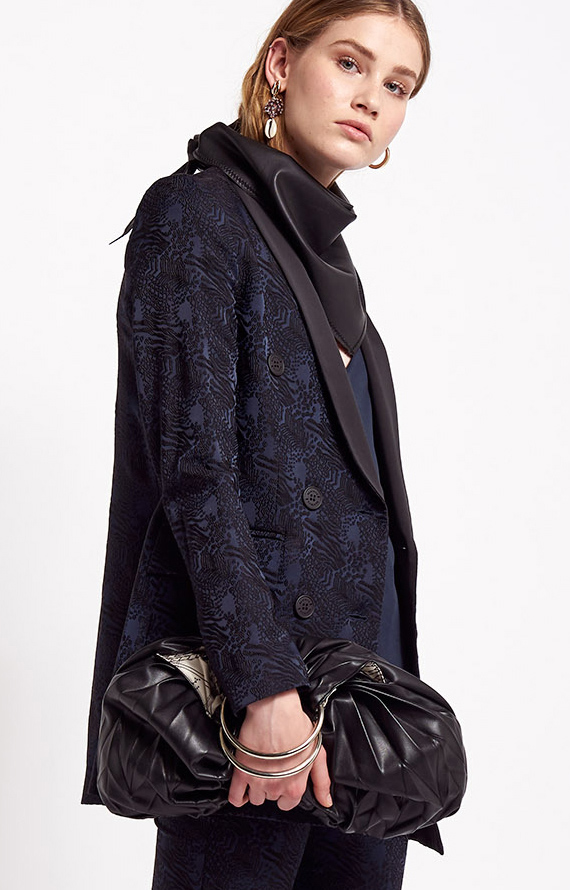 DOUBLE-BREATED JAKET IN BLACK AND BLUE JACQUARD