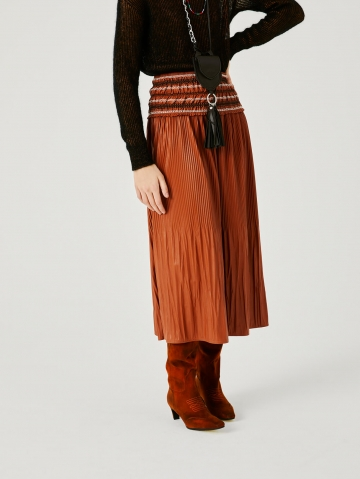 faux leather skirt with embroidery 21FA5571PE198_600