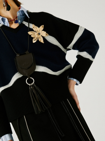 sweater with contrasting needling 21FA8109NEEDLE_99